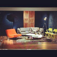 especial mueble contemporaneo revista AXXIS Flat Screen, Contemporary Furniture, Blood Plasma, Flatscreen, Dish Display