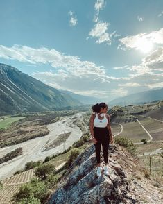 Watch the best short videos of HELLOMANUELA ( people like this. ✦ Capture the best travel emotion. Emotion, People Like, Switzerland, Workout, Mountains, Fit, Girls, Travel, Instagram