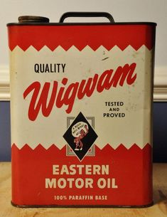Vintage oil cans - Motor Oil Can Packaging Design Is Inspiring – Vintage oil cans Vintage Oil Cans, Vintage Tins, Vintage Labels, Vintage Stuff, Retro Packaging, Packaging Design, Coffee Packaging, Hidden Art, Old Gas Pumps