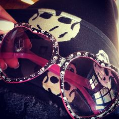 Betsey Johnson♥these are so cute :) and i totally own them! https://twitter.com/faefmgaifnae/status/895102947775750144