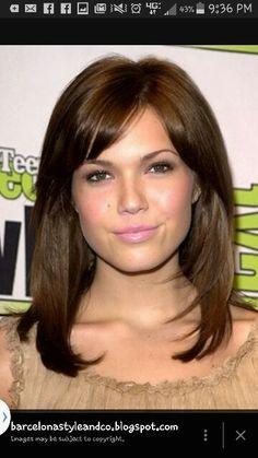 Brown shoulder length w/bangs