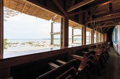 【沖縄おすすめ情報】 琉球漆器 糸満店 潮風香る人気カフェ