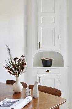 Cozy white kitchen w