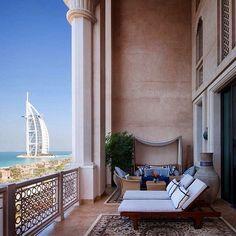 Morning VIEWS at the @MadinatJumeirah of #Dubai. // Travel Well #TravelFly #TravelFlyHotels