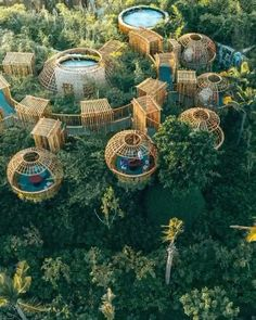 Giving you a better look at these incredible tree pods Bamboo Architecture, Futuristic Architecture, Temporary Architecture, Bamboo House Design, Bamboo Building, Eco City, Outdoor Furniture Plans, Tree House Designs, Abstract City