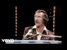 Marty Robbins - Don't Worry (Live) - YouTube