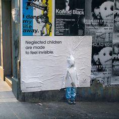 i bambini trascurati sono invisibili creative guerrilla ad