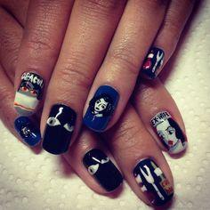 Strange Dracula nails by Disco-nail.