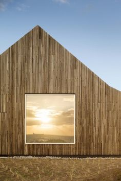 Wood architecture facade timber cladding wooden houses 41 Ideas for 2019 Wood Architecture, Contemporary Architecture, Architecture Details, Weekend Cottages, Wooden Facade, Wooden Houses, Villa, Timber Cladding, Helsingborg