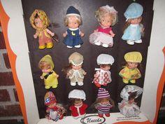 Vintage 1970s Uneeda Peewees Pocket Doll