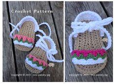 Baby Sandals  - Tiptoe Through the Tulips  crochet pattern (cute crochet ideas, fun diy)