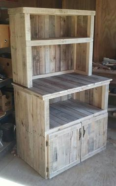 Transcendent Dog House with Recycled Pallets Ideas. Adorable Dog House with Recycled Pallets Ideas. Wooden Pallet Projects, Wooden Pallet Furniture, Pallet Crafts, Woodworking Projects Diy, Woodworking Furniture, Wooden Pallets, Rustic Furniture, Diy Furniture, 1001 Pallets