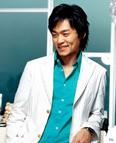 Lee Seo-Jin-first saw him in Lovers which I loved. Haven seen him in Soul, Gyebaek, and Shadowless Sword. Love him!!
