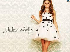 Shailene Woodley Hot HD Wallpaper #1