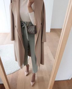 Business Casual Outfits, Business Fashion, Classy Outfits, Chic Outfits, Fall Outfits, Fashion Outfits, Minimal Fashion, Work Fashion, Fashion Looks