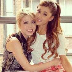 Jennette McCurdy And Ariana Grande Might Not Be Friends, But They Share The Same Birthday!