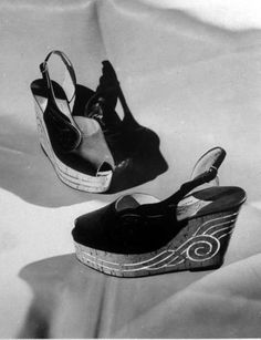 Vintage Espadrilled - Paris 1944 - Photo by David Scherman for LIFE