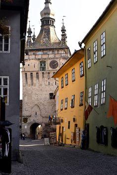The latest from Sebastian Moise #transylvania #romania #sighisoara #photography #autumnlandscape #medieval #sebastianmoise #autumn