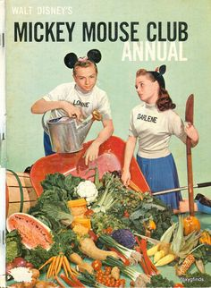 Walt Disney's Mickey Mouse Club Annual Magazine  [1957] with Lonnie Burr and Darlene Gillespie on the cover