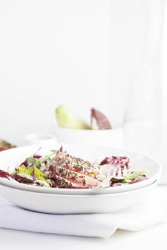 Sesame Seared Ahi Tuna Salad | bellalimento.com