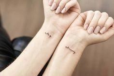 La caligrafía en los tatuajes va desde simples tatuajes de letras letras y palabras en fuentes de letra normales, hasta piezas muy estilizadas que se ven estéticamente agradables así como legibles....