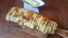Ein herzhaftes und saftiges Pizza-Brot. Es ist gefüllt mit Pesto Genovese, frischen und getrockneten Tomaten. Ein Träumchen . Passend zur Grillsaion , als Beilage oder auch als Mitbringsel http://herzstueck-online.de/recipe/pizza-brot/