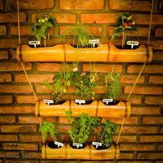 Modern Backyard Garden Green and Indoor Patio Garden Ideas. Bamboo Light, Bamboo Art, Bamboo Crafts, Backyard Garden Landscape, Small Backyard Gardens, Large Backyard, Tropical Backyard, Modern Backyard, Bamboo Planter