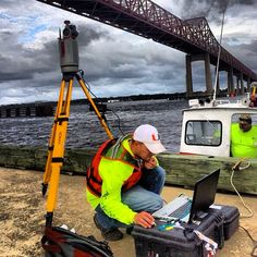 @no1saw performing an emergency mapping task for the Florida DOT on the Matthews Bridge in Jacksonville, Florida USA; after a ship collided with the upper span. #surveylife