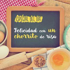 Échale un chorrito de #Vainilla Molina a tus platillos y disfruta tu día al máximo. #frase #mujer