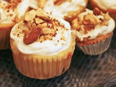 We added grated summer squash to Betty Crocker SuperMoist yellow cake batter for light and airy cupcakes, topped with crushed almonds and vanilla frosting. Cupcake Recipes, Baking Recipes, Dessert Recipes, Dessert Ideas, Carrot Cake Cupcakes, Cupcake Cakes, Summer Cupcakes, Yellow Cake Mixes, Baking Cups