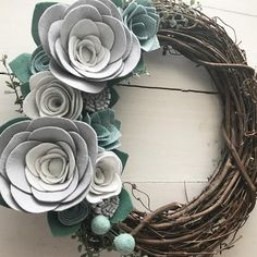 It's cold here in NC today, and we've had a few snow flurries! ❄️ This is a great year round wreath, but would look really pretty in a winter wonderland! Just listed!  •  •  •  #feltflowerwreath #feltflowers #flowersofinstagram #floralwreath #wreath #grapevinewreath #handmadewithlove #madewithlove #shopnow #shopsmallbusiness #shopsmall #etsyfinds #etsyseller #etsylove #buylocal #buyhandmade #doordecor #frontdoordecor #frontdoor