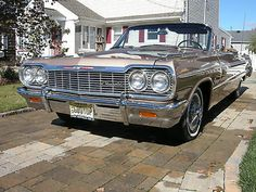 Chevrolet : Impala Convertible 1964 Impala SS 409 Convertible - http://www.legendaryfind.com/carsforsale/chevrolet-impala-convertible-1964-impala-ss-409-convertible-2/