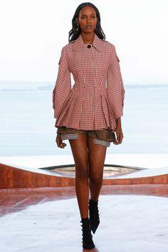 Christian Dior Resort 2016 Runway - Look 7 of 53