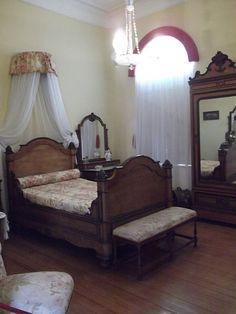 Osmar do Prado e Silva (Pu3yka) Pelotas - Bairros - Areal - Museu da Baronesa Bed, Furniture, Home Decor, Museum, Stream Bed, Interior Design, Home Interior Design, Beds, Arredamento