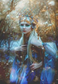 Remember the Empress of the Elves Gown we created? I sent it to Model Maria Amanda (mariaamanda.deviantart.com) and Photographer Lillian Liu Photography Look at this enchanting ...