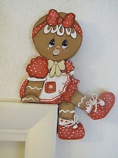 Hp gingerbread ~ cute little shelf sitter Christmas Rock, Christmas Signs, Christmas Candy, Christmas Projects, Holiday Crafts, Christmas Decorations, Christmas Ornaments, Holiday Decor, Gingerbread Village