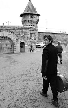 Joaquin Phoenix photographed by Eric Charbonneau entering Folsom Prison where he played many acoustic songs with Shooter Jennings, January 2006.