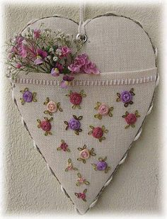Wonderful Ribbon Embroidery Flowers by Hand Ideas. Enchanting Ribbon Embroidery Flowers by Hand Ideas. Silk Ribbon Embroidery, Cross Stitch Embroidery, Embroidery Patterns, Hand Embroidery, Embroidered Roses, Flower Embroidery, Sewing Crafts, Sewing Projects, Fabric Hearts