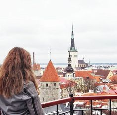 """""""i'm in love with cities i've been to and people i've never met"""" 