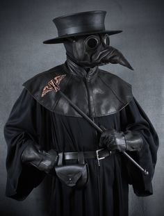 Jackdaw leather plague doctor mask