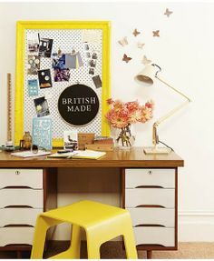 Love that lamp and desk.