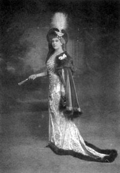 Princess Paley wearing her Cartier stomacher as a hat ornament.