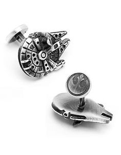 Perfect for any Star Wars fan, these Millennium Falcon cuff links are sculpted in 3D and designed with amazing attention to detail. Rhodium plated base metal an
