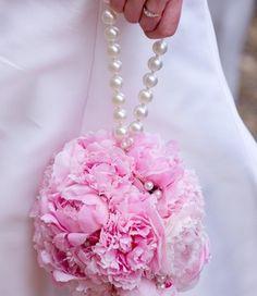 Alternative to bridesmaid boquet