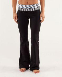 Lululemon Athletica Yoga Groove Pants Fade Arrow Classic Stripe Black White