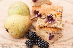 Recipe: Blackberry & Pear Traybake