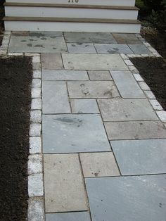 bluestone (rectangular cut) walkways and patios Side Walkway, Flagstone Walkway, Outdoor Walkway, Bluestone Patio, Brick Walkway, Walkway Ideas, Stone Walkways, Pavers Patio, Paving Ideas