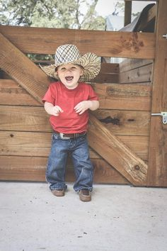 Country Baby Pictures, Cute Country Boys, Cute Baby Pictures, Country Babies, Western Baby Clothes, Western Babies, Cute Baby Clothes, Western Outfits, Cute Baby Boy