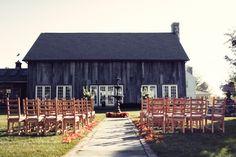 Connecticut Farm Wedding, click through for lots of rustic pretty styling. Colorado Wedding Venues, Rustic Wedding Venues, Luxe Wedding, Brunch Wedding, Wedding Locations, Farm Wedding, Wedding Ideas, Wedding Bells, Wedding Reception Backdrop