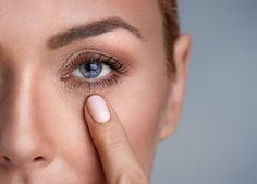 new arrival 1b384 48ed7 Korektor do twarzy to kosmetyk, który występuje w wielu odcieniach  dopasowanych do kolorystyki skóry.